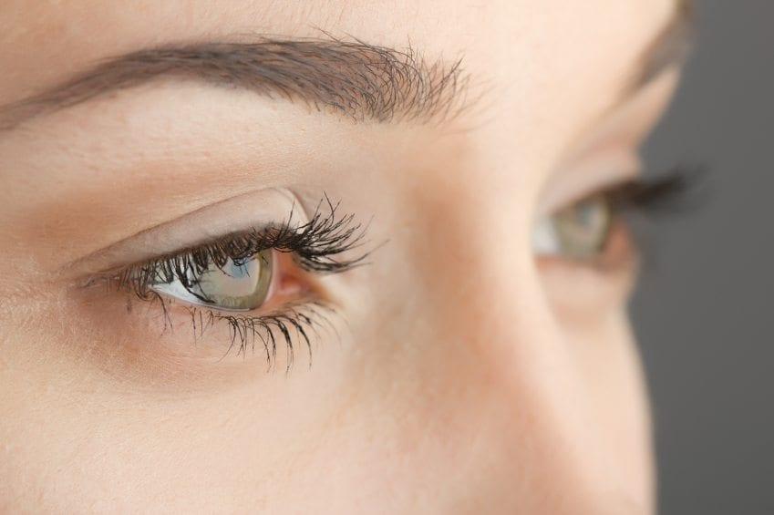 eyebrows iStock_000023143174_Small