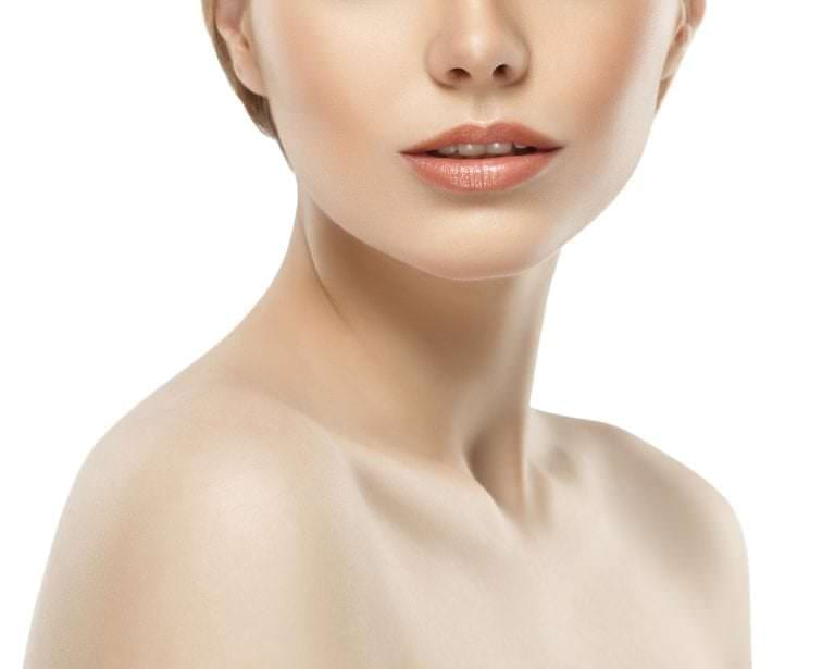 woman with defined neck and chin