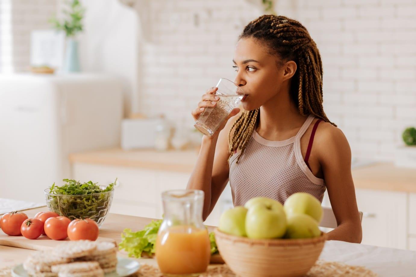 women drinking smoothie